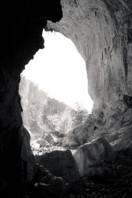 Earthen Vault Mono